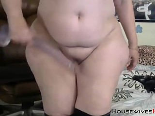 Italian MILF chunky mom Bella got a huge..