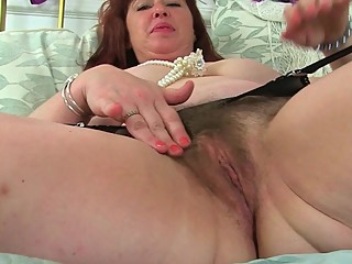 British milf Janey masturbates..