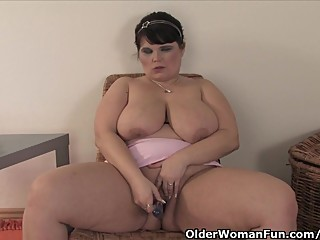 Chubby And Mature Mom With Big..